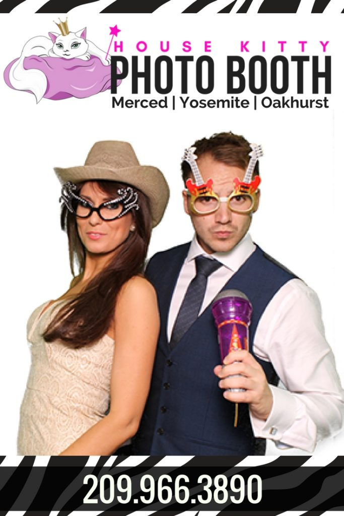 Mirror Photo Booth for Yosemite Weddings and Beyond